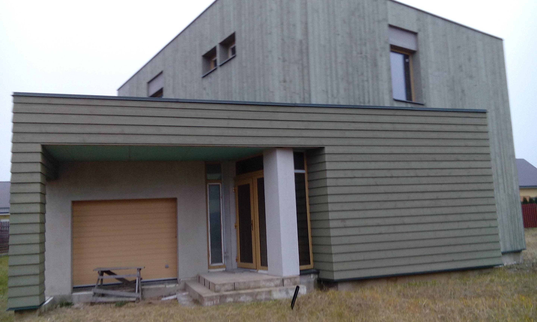 A plius klasės namas
